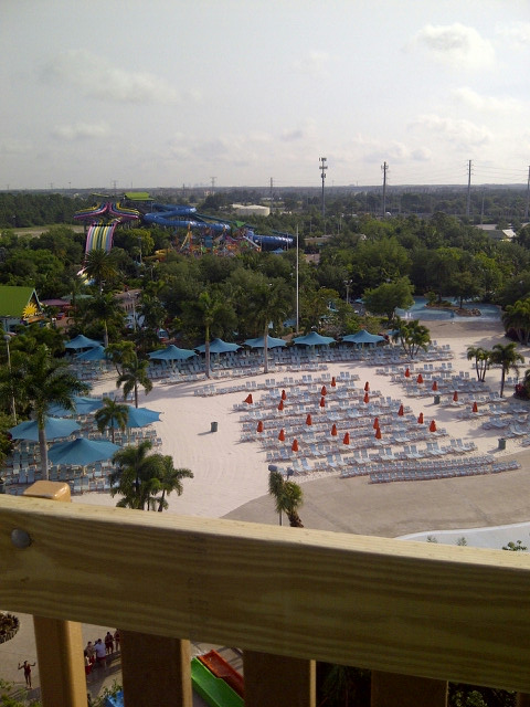 Aquatica's Ihu's Breakaway Falls View from Top